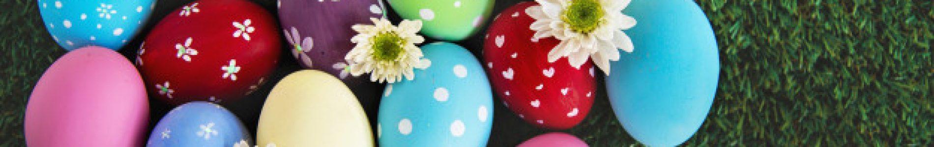 fundo-de-ovos-de-pascoa-coloridos-pintados-conceito-de-fundo-de-celebracao-de-feriado-de-pascoa_1150-9219